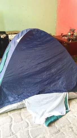 sé vende un camping para 4 personas de segunda en excelente estado