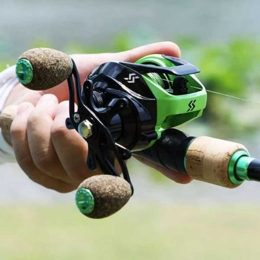 Caña y carrete casting nuevo para pesca 0