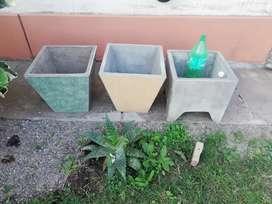 Macetas artesanales hecha de cemento y azulejos segunda mano  Tafí Viejo, Tucumán