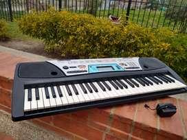 Teclado Yamaha 5 octavas Psr 170, excelentes condiciones.