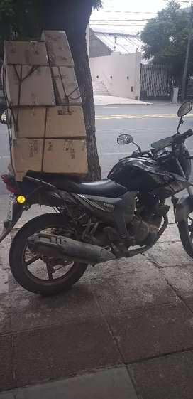 Se solicita delibery para Palermo con moto y caja