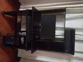 Venta computador usado de escritorio se entrega con mesa y scaner ,precio fijo.