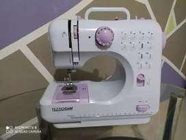 Maquinita de coser fhsm 505