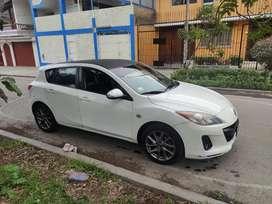 Vendo automóvil Mazda 3 año 2013 modelo 2014 full