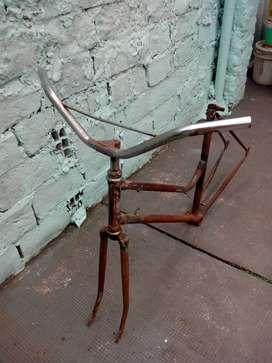 cuadro de bici antiguo rod 28