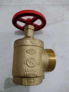 Válvula angular 2 1/2 red contra incendios