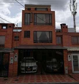 Casa Con 3 Aptos Independientes (Ultimo Duplex)