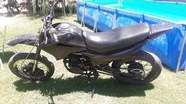 Vendo motard 200