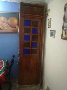 Espectacular puerta cedro u vitral nueva