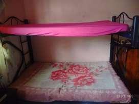 Vendo litera  de cama semi doble y de 1 cuerpo