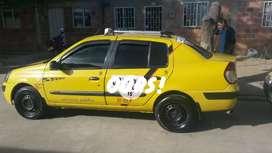 Vendo taxi Renault citus  en perfecto estado todo al.dia cupo en la agencia de taxi  San Juan