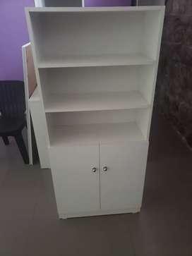 Vendo muebles para tienda de ropa.