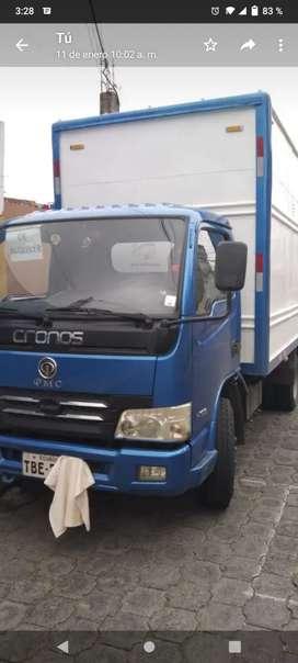 Camión Cronos de 3 toneladas $12000 negociable puedo dejar con trabajo