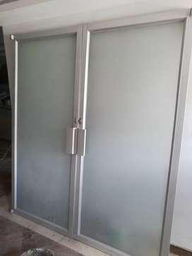 Vendo dos Puertas de aluminio