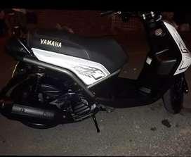GANGA vendo BWS 125 X motard  Blanca