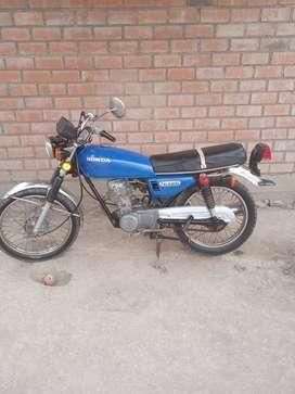 MOTO HONDA CB125
