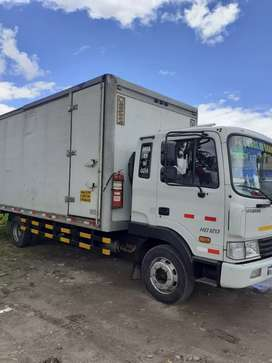 Vendo hermoso  camión hyundai hd 2013 .