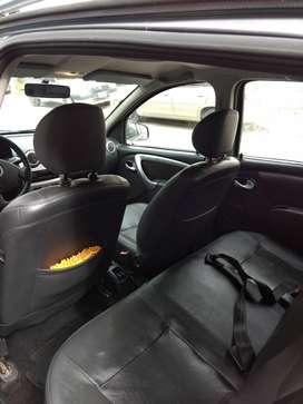 Vendo Renault Sandero Stepway FULL 2010. Se vende UNICAMENTE con transferencia de dominio.