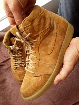 NIKE AIR JORDAN(RARO) CUERO GAMUZA RETRO HI TOP
