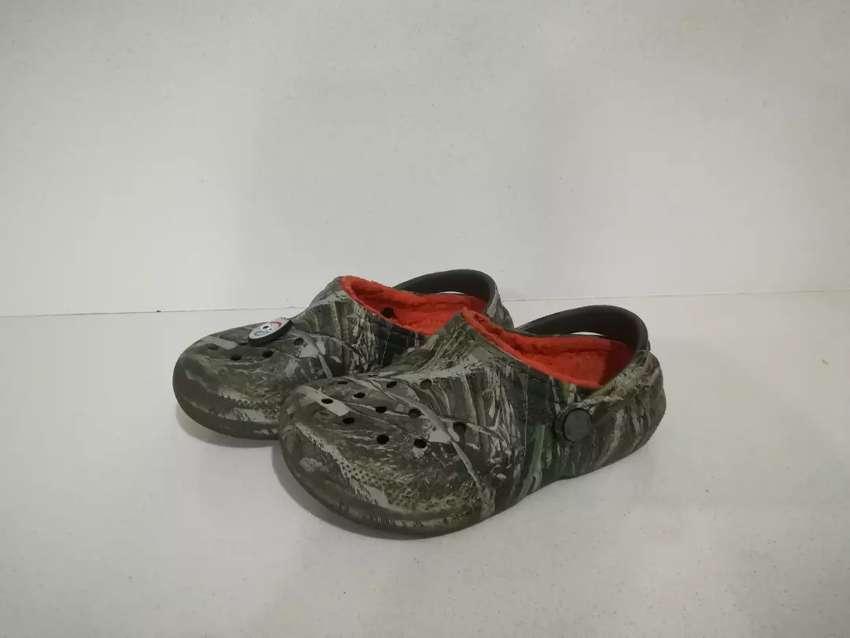 Crocs c11 camuflado