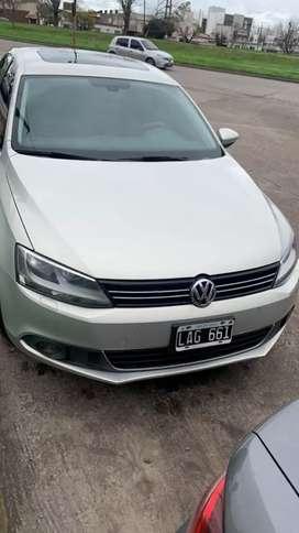 Vendo hoy Volkswagen Vento 2.0 Tsi caja de 6 manual impecable