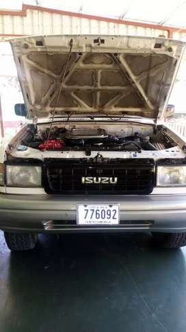 Se vende isuzu trooper