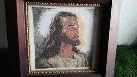 cuadro sagrado Corazon de jesus bordado en  punto de cruz