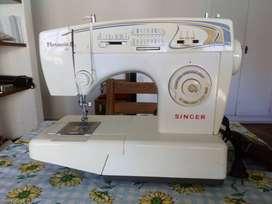 Máquina de coser Singer Florencia 68.