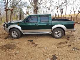 7.500.000  NISSAN FRONTIER 4X4 MANUAL 2005