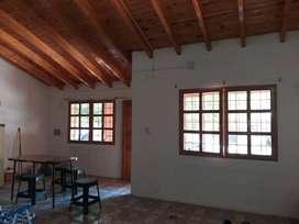 DUEÑO DIRECTO. Alquilo casa Luzuriaga Maipú a mts del Club Regatas Torreón