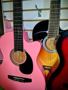 Guitarras 139. Ukeleles 139 Mandolina 230