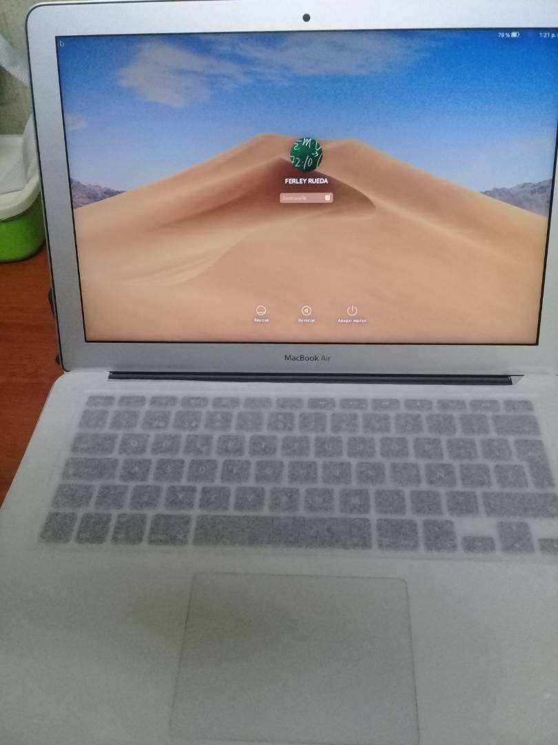 Apple MACBOOK AIR 0