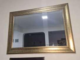 Espejo decorativo dorado