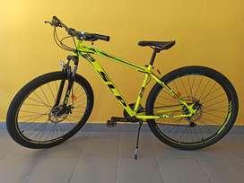 Súper Oferta! Bicicleta Mountain Bike SLP 5 PRO R29 21v Shimano F/disco Susp.