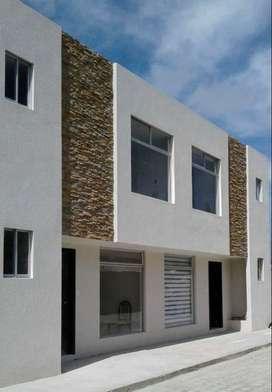 Venta de Casa en Centro comercial El Portal  Carapungo Carretas Llano Grande y llano Chico, San Camilo