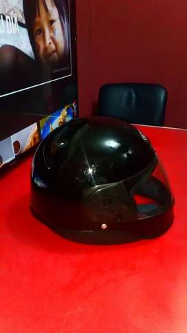 Vendo casco para adulto8/10