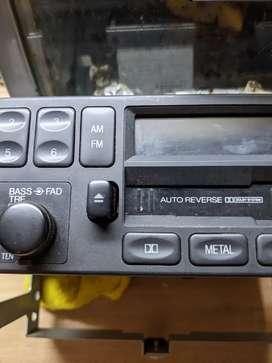 RADIO  CASETE  ORIGINAL  MAZDA 62,6 ASAHY