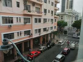 Venta de Oficina en El Centro de Guayaquil, Cerca del Malecón 2000
