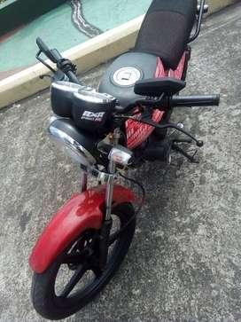 Ventó moto DUKARE 150CC año 2014  AL DÍA esta a mi nombre