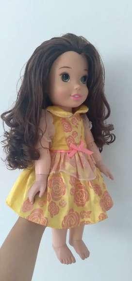 Muñeca bella de Disney