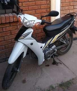 Se vende moto Yamaha cryptón