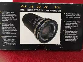 THE DIRECTOR'S VIEWFINDER (El visor del director)