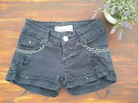 Short negro de jeans (Usado)