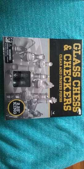 Juego de ajedrez de vidrio