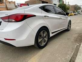 Vendo auto Hyundai Avante 2015