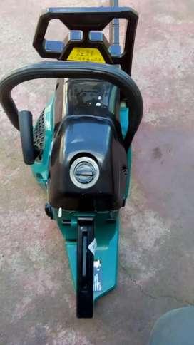 Vendo motosierra nueva 15mil