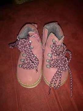 Botas Zara baby talla 20 perfectas