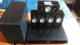 Home Theater Philips 5.1 HTS5533/55 - Usado - Buen Estado + 4 Pies regulables para parlantes