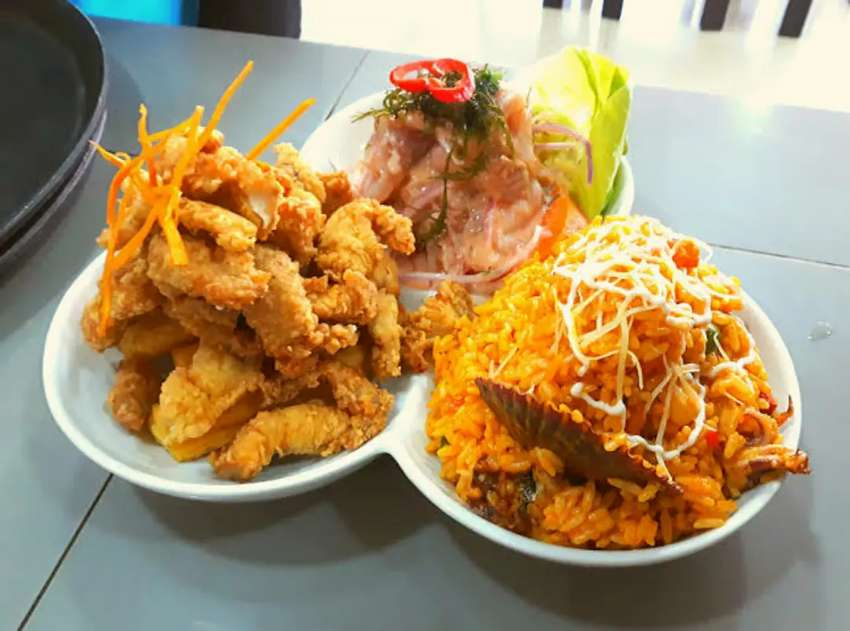 Soy cocinero  especialista  en pescados y mariscos y comida criolla 0