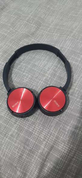cascos rojos y medianos